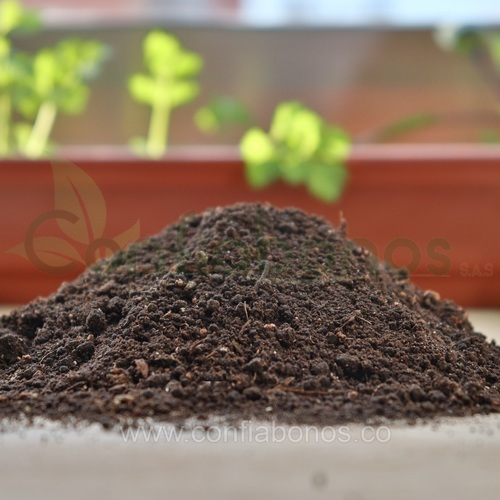 Fertilizantes en bogota Colombia - abonos organicos bogota Colombia - abono organica de lombriz - Viveros en bogota Colombia - jardineria – confiabonos
